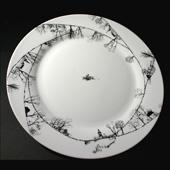 "Фарфоровая тарелка ""У озера"" Цена: 1500 руб."