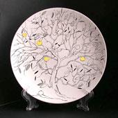 """Фарфоровая тарелка """"Яблоня"""" Цена: 1800 руб."""