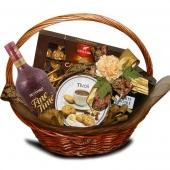 """Подарочный корзина """"Шоколад со сливками"""" Цена: 6100 руб."""